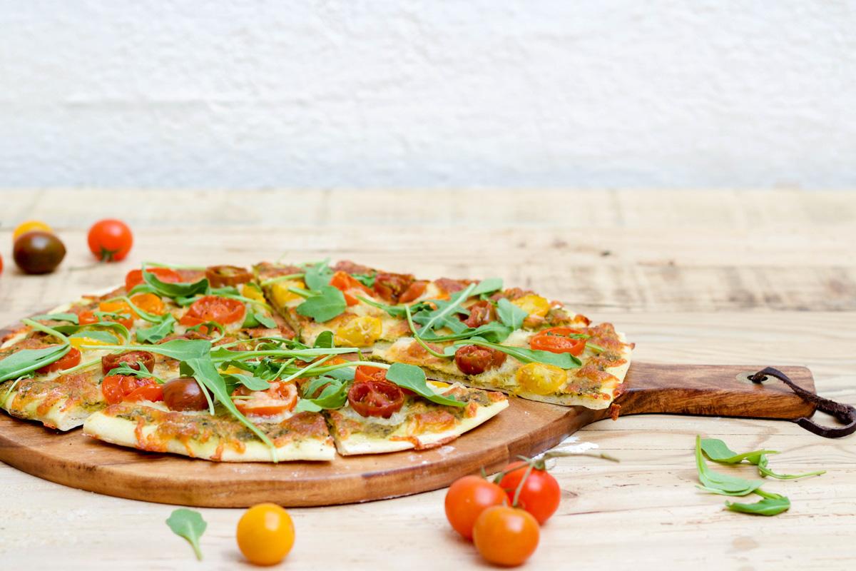 pizza albahaca mozzarella
